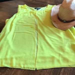 Adorable Lemon Yellow Ellen Tracy Tank XL